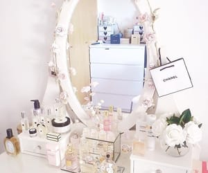 chanel and room image