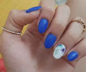beauty, blue nails, and unghie image
