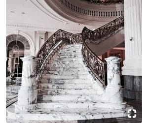extravagant and marble image