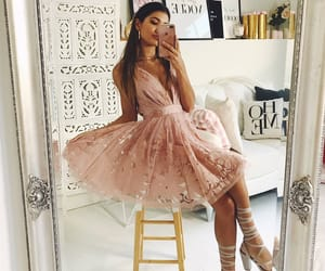 aesthetic, baby pink, and brunette image