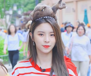 crystal clear, elkie, and clc image