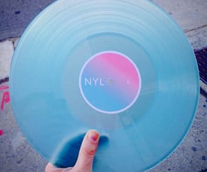 blue, tumblr, and vinyl image