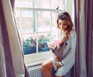 blonde, flowers, and trendy image
