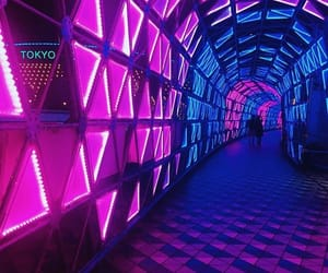 aesthetic, trippy, and tunnel image