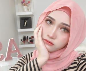 doll face, fashion, and hijab image