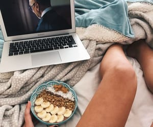 food, tumblr, and netflix image