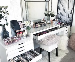 makeup and interior image