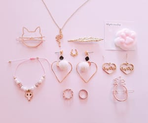 outfit, accesorios, and pink image