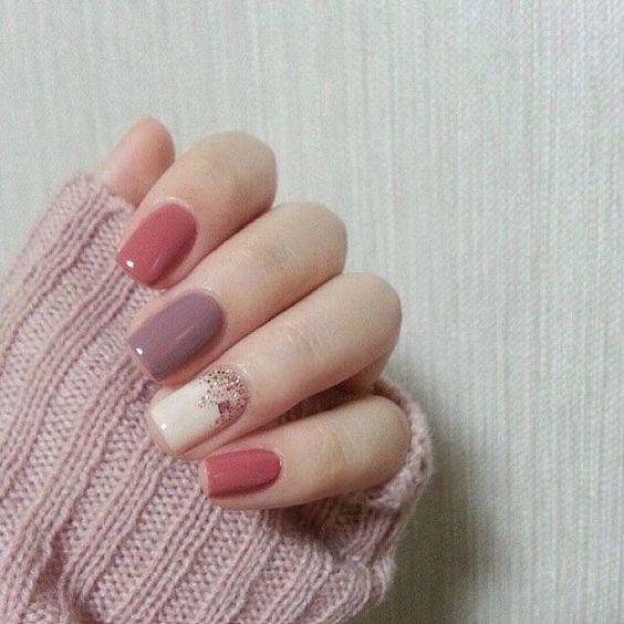 Love This Fall Nail Art In A Mixture Of Pink Shades