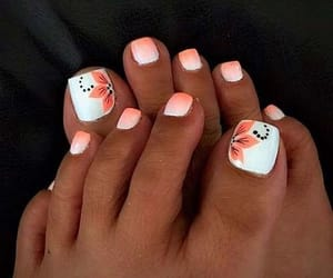 so pretty, toe nails, and check it out image