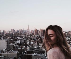 Chica, edificios, and city image
