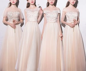 bow, champagne, and bridesmaid dresses image