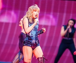 aesthetic, singer, and Taylor Swift image