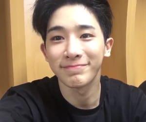 asian boy, kpop, and lq image