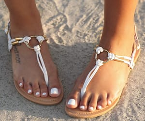 fashion, feet, and sandals image
