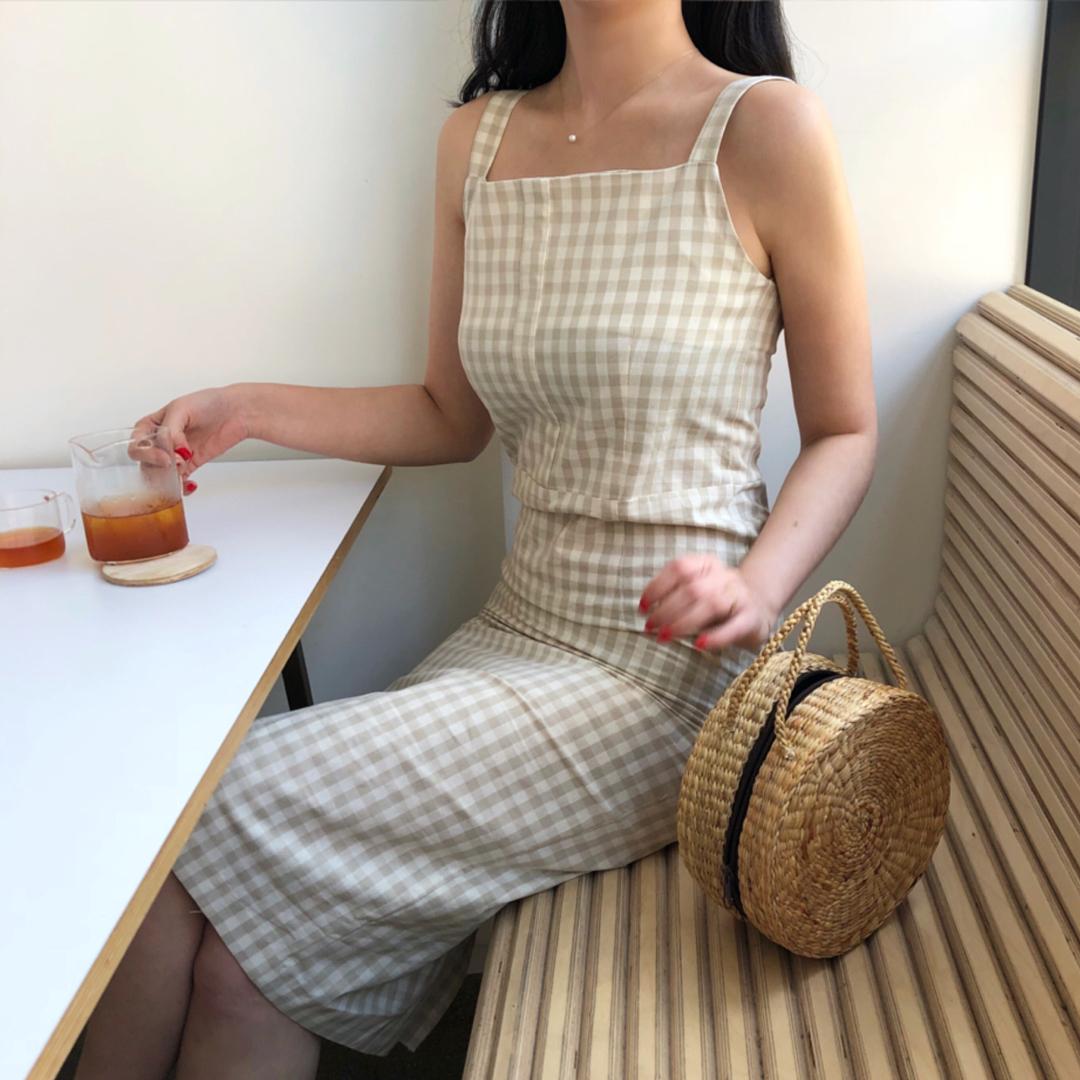 Outfit   Beige   Melon joy   by  min   on We Heart It