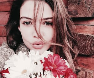 danielle campbell image