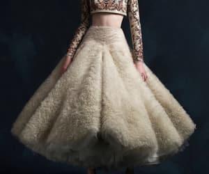 belleza, elegancia, and krikor jabotian image