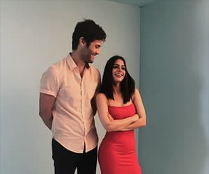 emeraude toubia and matthew daddario image