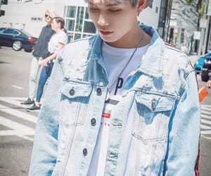 cute, yanjun, and nine percent image