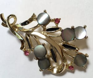 etsy, vintage brooch, and easy to wear image