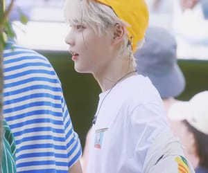 blond, yuehua, and cute image
