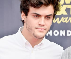 mtv movie awards, grayson dolan, and ethan dolan image