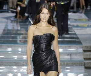 fashion, Versace, and bella hadid image