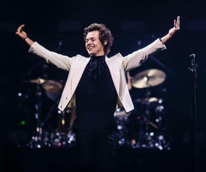 Harry Styles, harry, and concert image