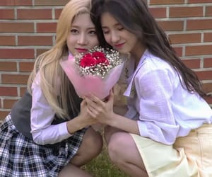 best friends and loona image
