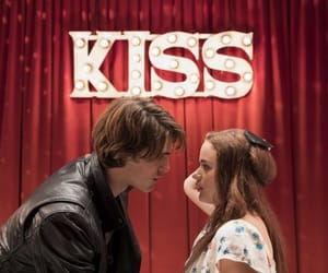 article, wattpad, and the kissing booth image