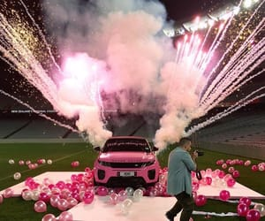pink and range rover image