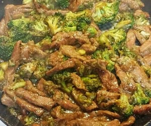 beef, broccoli, and stir fry image