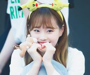 k-pop, chuu, and hyunjin image
