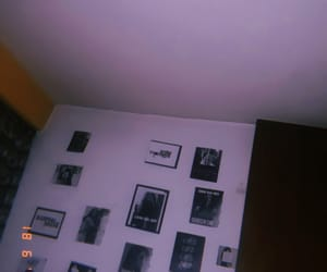 arctic monkeys, fotos, and pared image