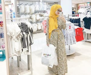 hijab, long dress, and hijabista image
