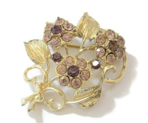 Coro Flower Bouquet Brooch Pin With Lavender And Purple