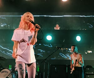 hayley williams, paramore, and tour image