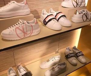 designer, Louis Vuitton, and fashion image