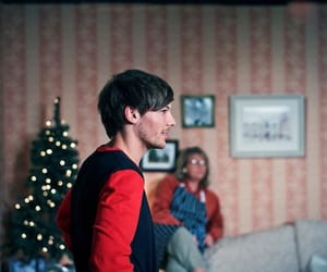 louis tomlinson, one direction, and story of my life image
