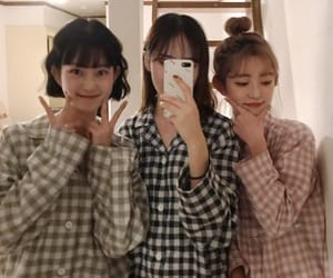 girls, korean, and ulzzang image