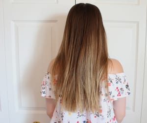 brunette, ombre, and balayage image
