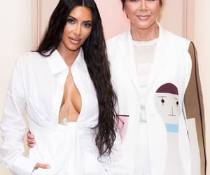 kim k and kkw pop up image