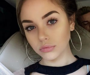 girl, maggie lindemann, and eyebrows image