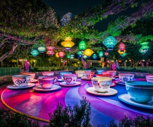 alice, alice in wonderland, and carousel image