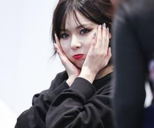 girl, hyuna, and triple h image