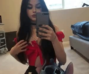 maggie lindemann and gif image