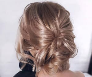 hairstyle and style image