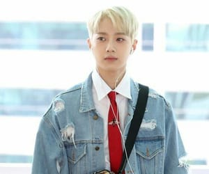airport, background, and blonde image