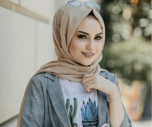beauty, clothes, and hijab image